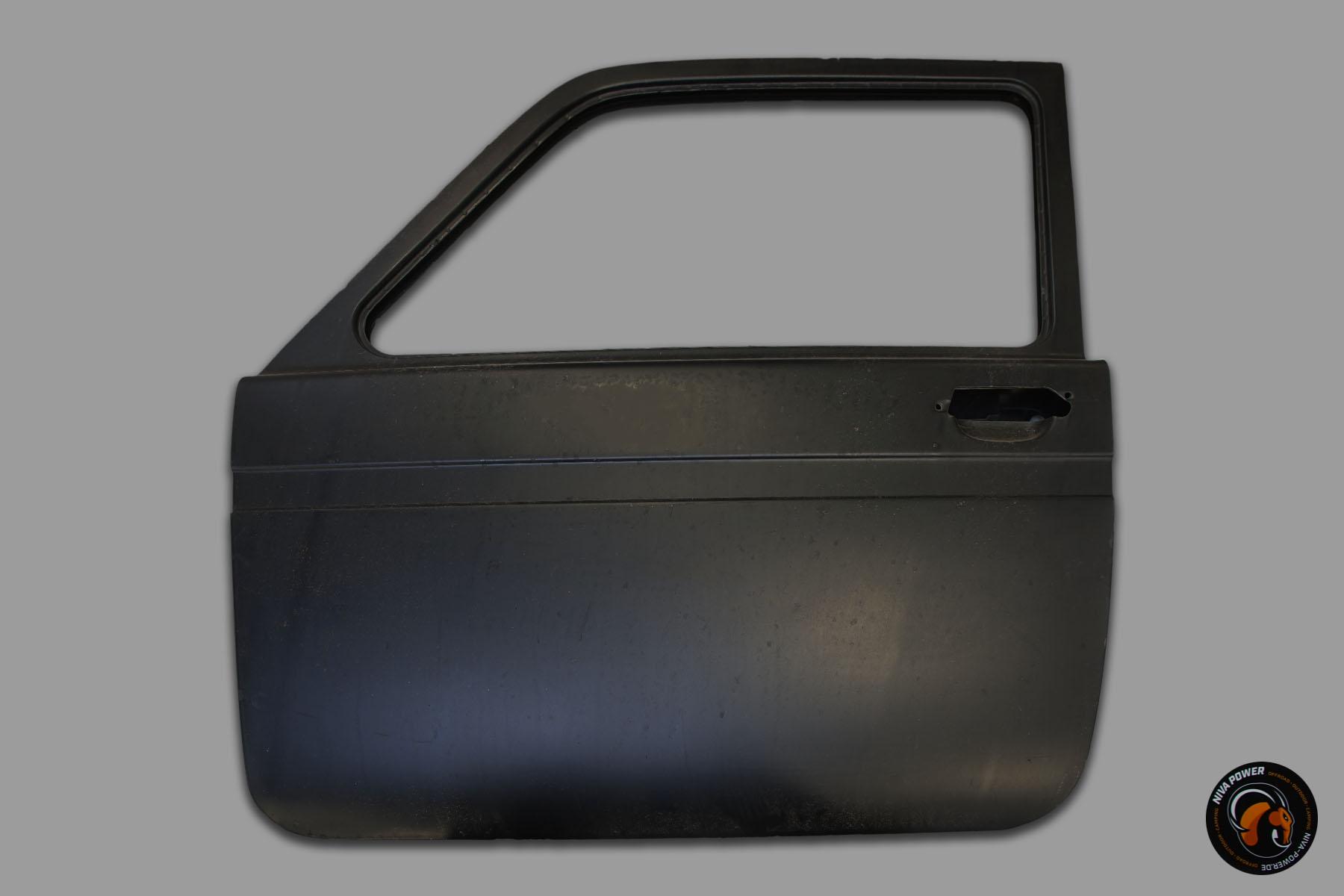 Niva-Fahrertüre